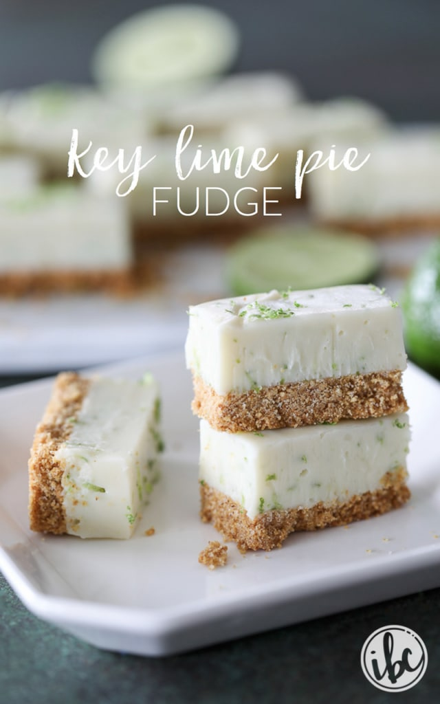 Rich and creamy with a graham cracker crust, this Key Lime Pie Fudge #recipe is a winner! #keylime #pie #lime #fudge