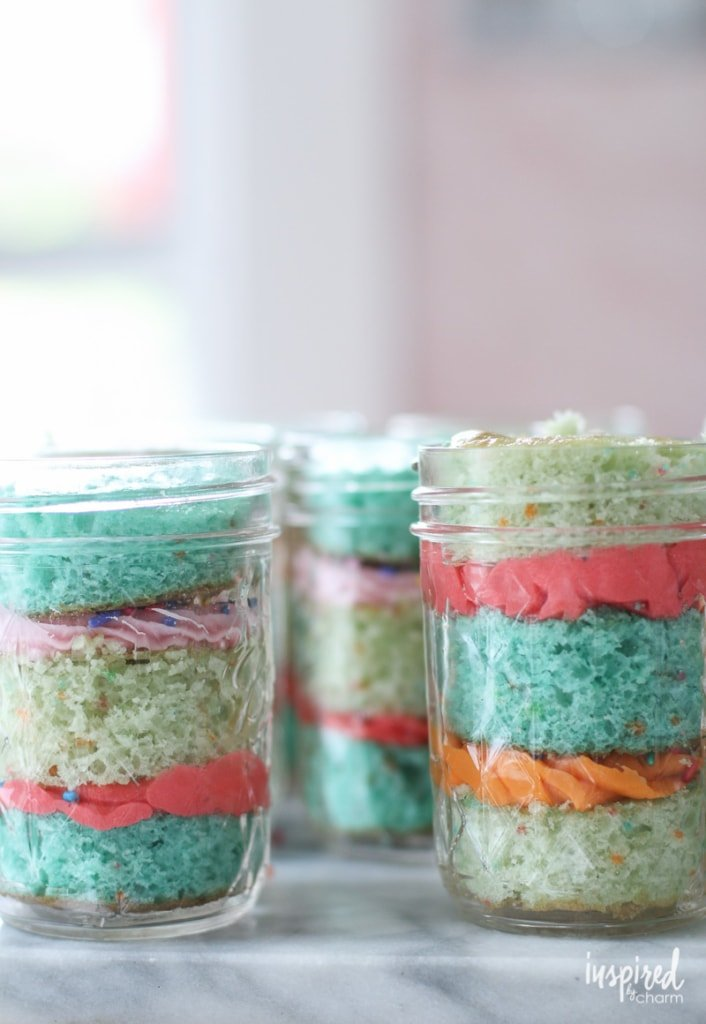 How to make Cake in a Jar! #cake #cupcake #masonjar #cakeinajar
