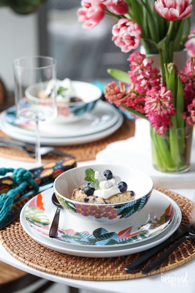 I love this Blueberry Boy Bait for an easy #summer #dessert or #tasty #brunch sweet! #blueberry #boybait