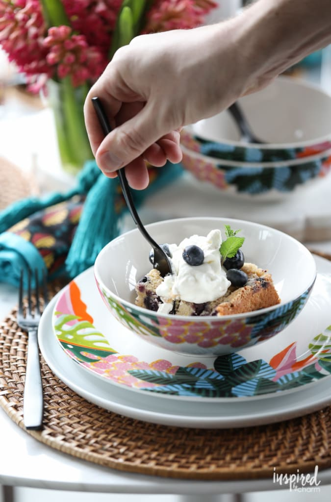 This Blueberry Boy Bait is like a coffee cake, but so much better! #blueberry #boybait #recipe #dessert