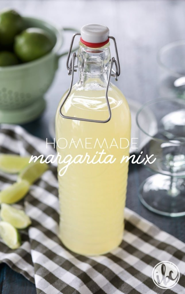 Learn how to make Homemade Margarita Mix with this easy and delicious recipe! #margarita #margaritamix #tequila #cocktail #recipe