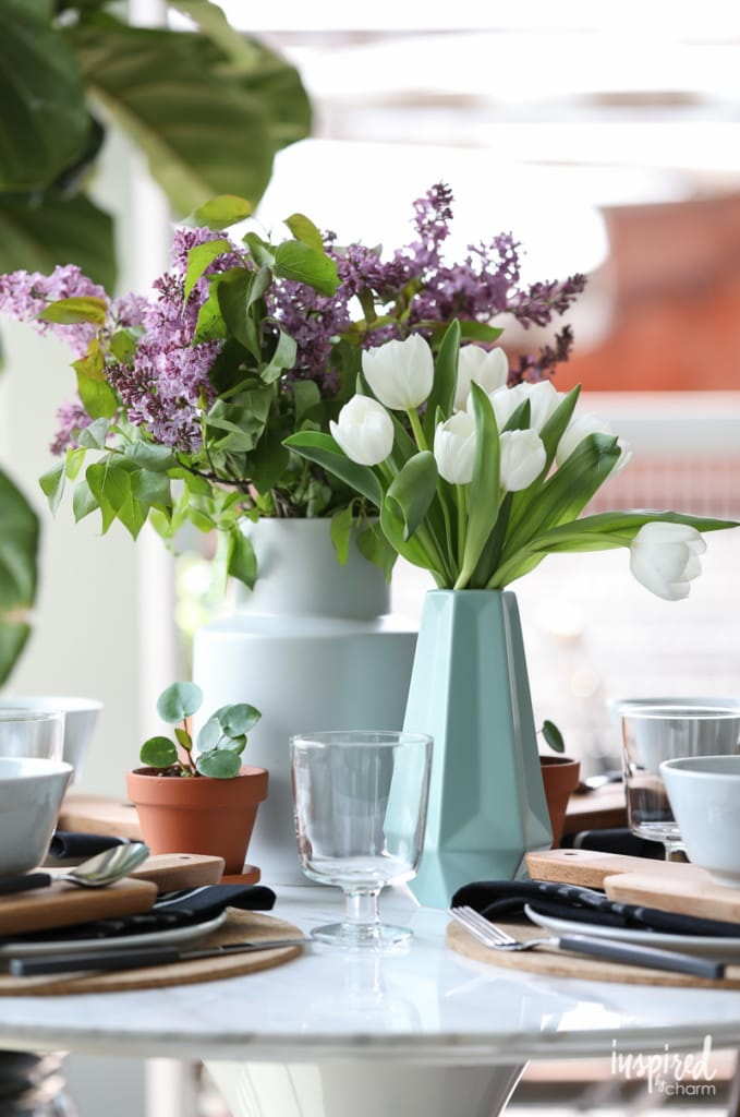 Spring Table Setting and Decor Ideas for Indoor/Outdoor Living #table #setting #spring #nature
