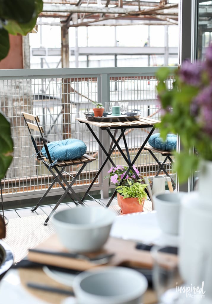 Stylish Decor Ideas for Indoor/Outdoor Living #outdoor #decor #decorating