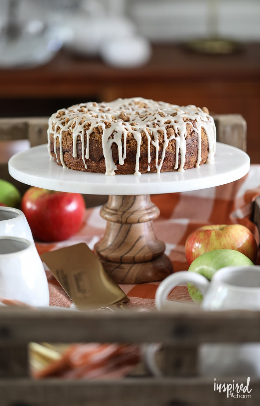 This Apple Streusel Cake is delicious fall dessert recipe. #apple #cake #streusel #baking #fallbaking #fall #recipe