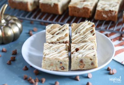 Delicious Maple Glazed Cinnamon Chip Bars recipe for fall! #cookies #fallbaking #cinnamon #maple #dessert #recipe