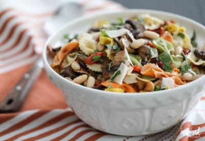 Delicious Pasta Salad with Roasted Mushrooms #recipe #pastasalad #mushrooms #appetizer #sidedish #pasta