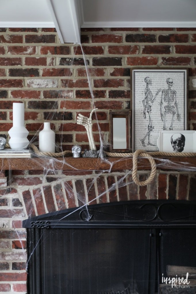 Bone Chilling Halloween Mantel Decor Ideas #halloween #decor #decorations #spooky #skeleton #mantel