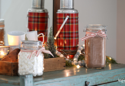 The BEST recipe for delicious Homemade Hot Cocoa Mix #hotcocoa #hotchocolate #cocoa #recipe #holiday #christmas