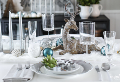 Festive Christmas Table Decor Ideas and Decorating Tips #christmas #holiday #tablescape #tablesetting #decorating
