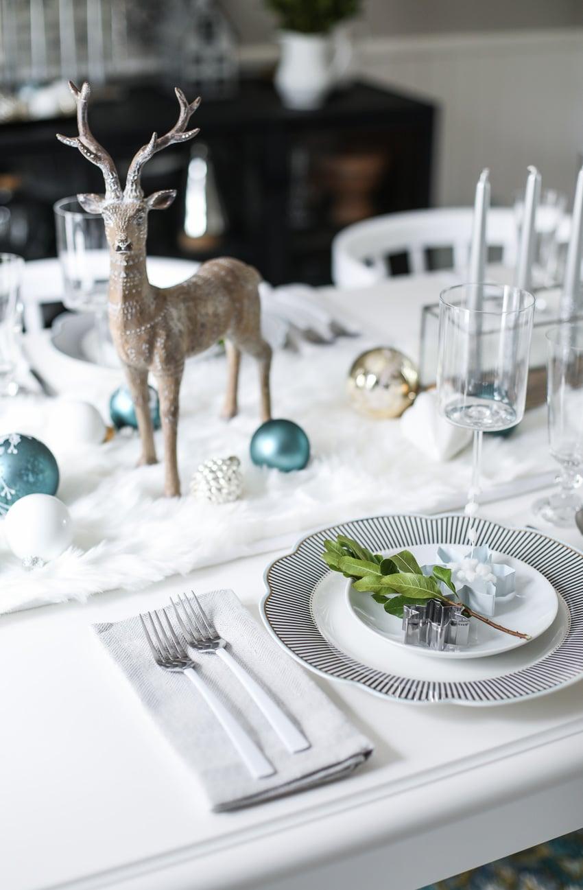 Festive Christmas Table Decor Ideas - holiday decorating tips