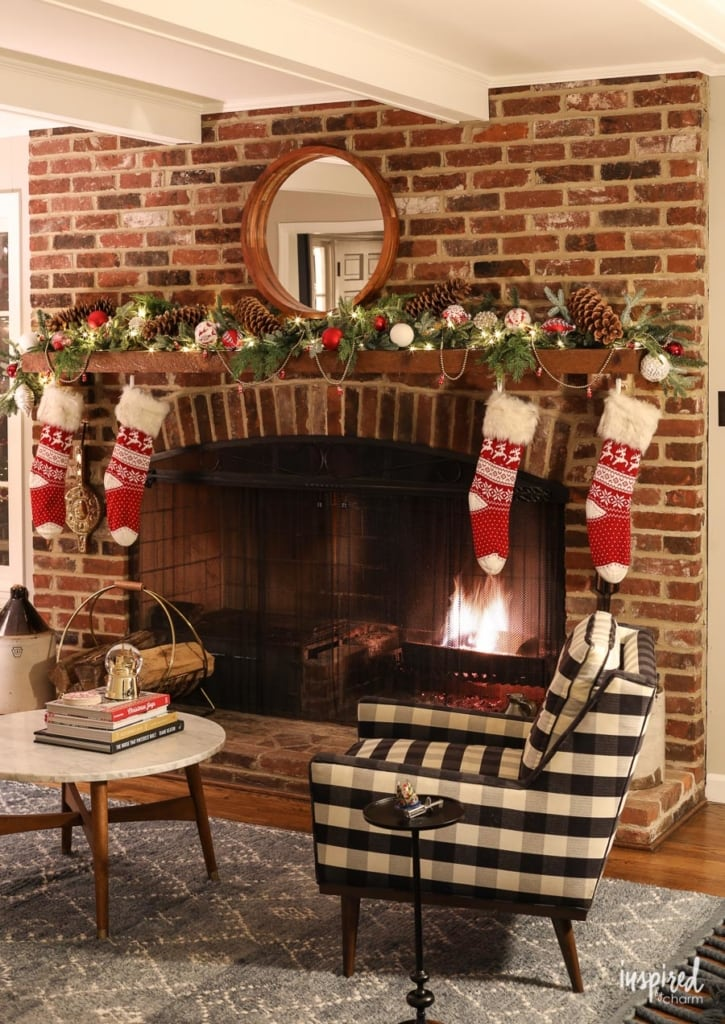 Evening at Bayberry House: Christmas 2018 #christmas #holiday #decor #decorations #night #evening #hometour