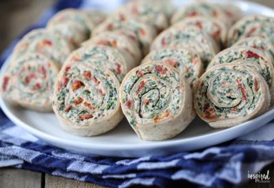 Sun-Dried Tomato Roll-Ups #appetizer #recipe #rollup #pinwheel #sundriedtomato #basil