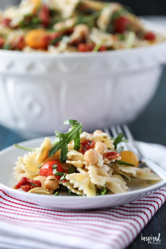 Delicious Sun-Dried Tomato Pasta Salad Recipe #pastasalad #sundried #tomatoes #pasta #recipe #side