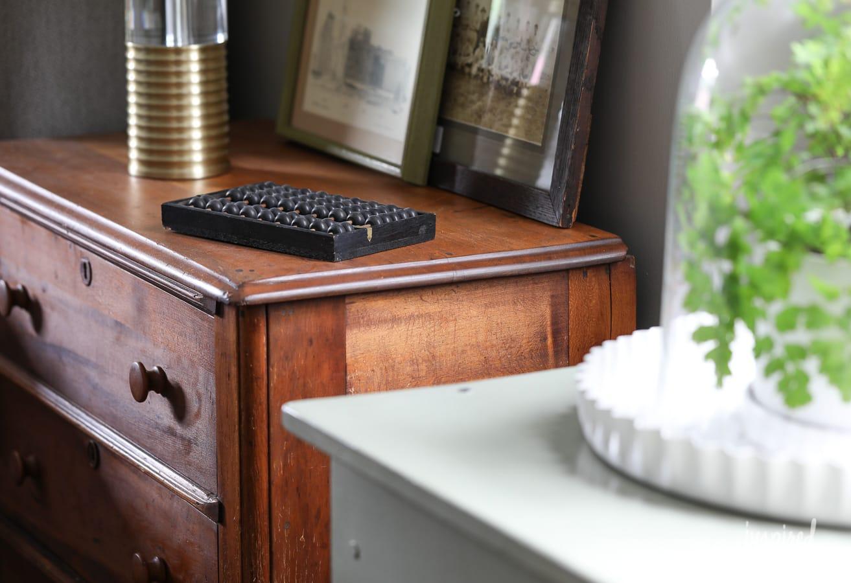 Antique Finds for my Master Bedroom: One Room Challenge Week 4 #bedroom #decor #oneroomchallenge