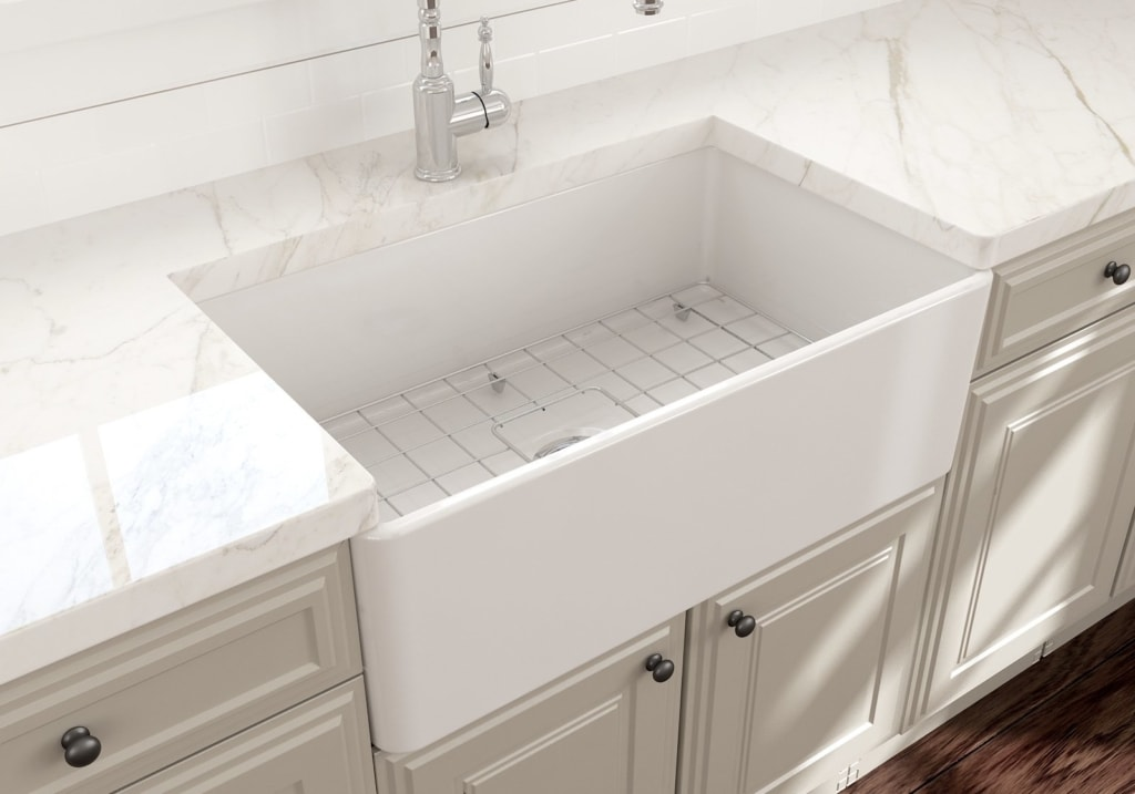 Bayberry Kitchen Finishes: Sinks, Faucets, and Paint Colors