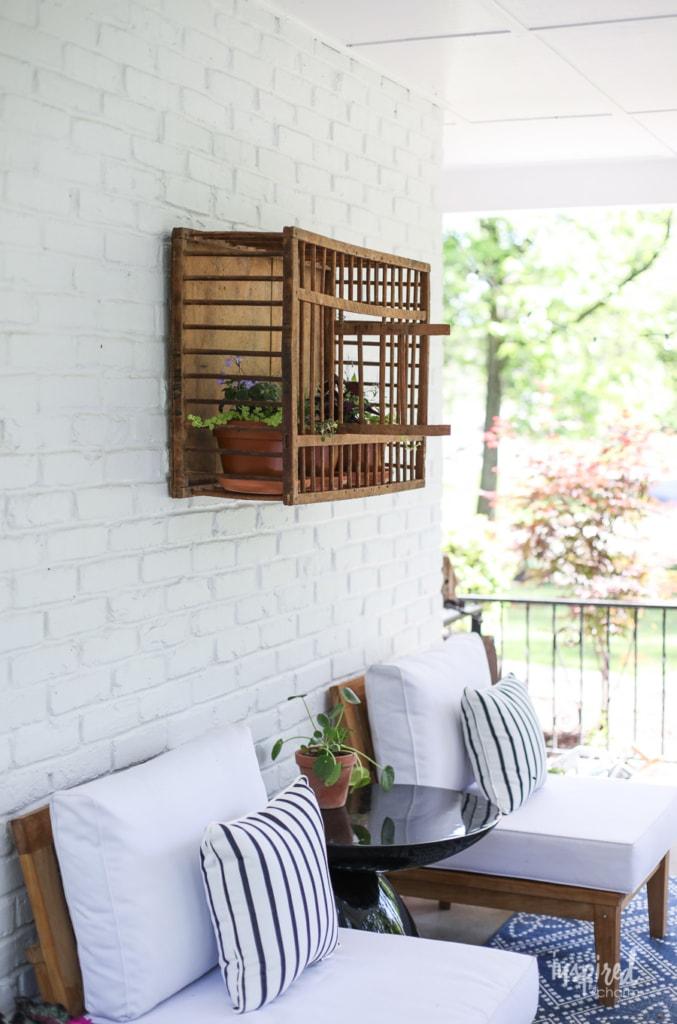 Vintage Chicken Crate: Outdoor Wall Decor