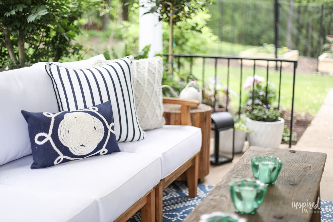 Summer Decorating: Porch and Patio Ideas + VIDEO for ... on Backyard Garden Decor id=28398