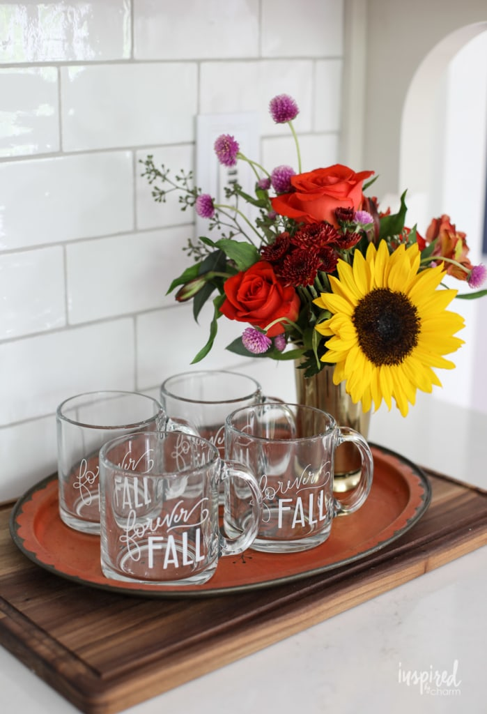 Simple Fall Decorating Ideas for the Kitchen #fall #decor #decorating #kitchen #ideas #autumn