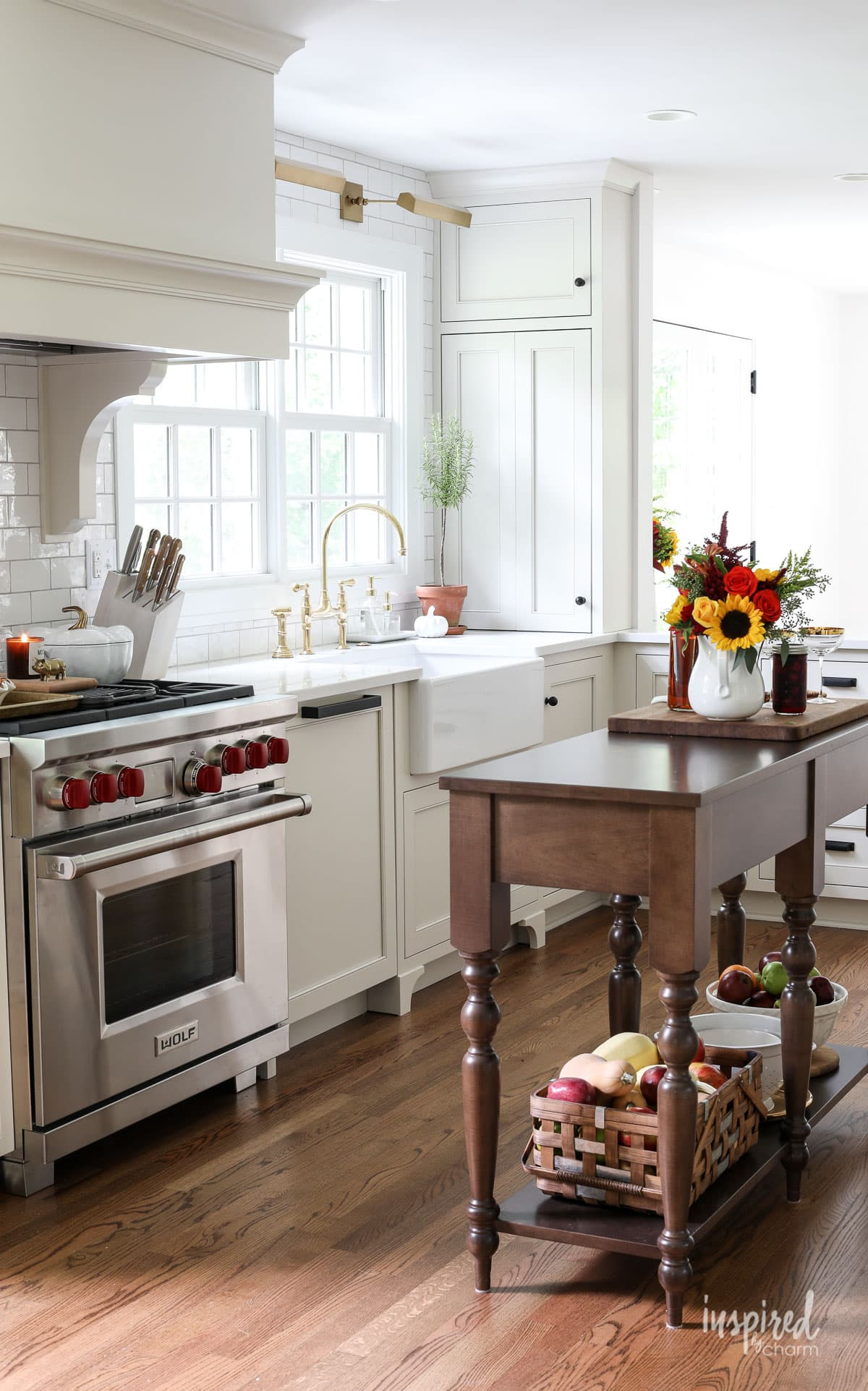 Simple Fall Decorating Ideas for the Kitchen - Fall Decor Tips