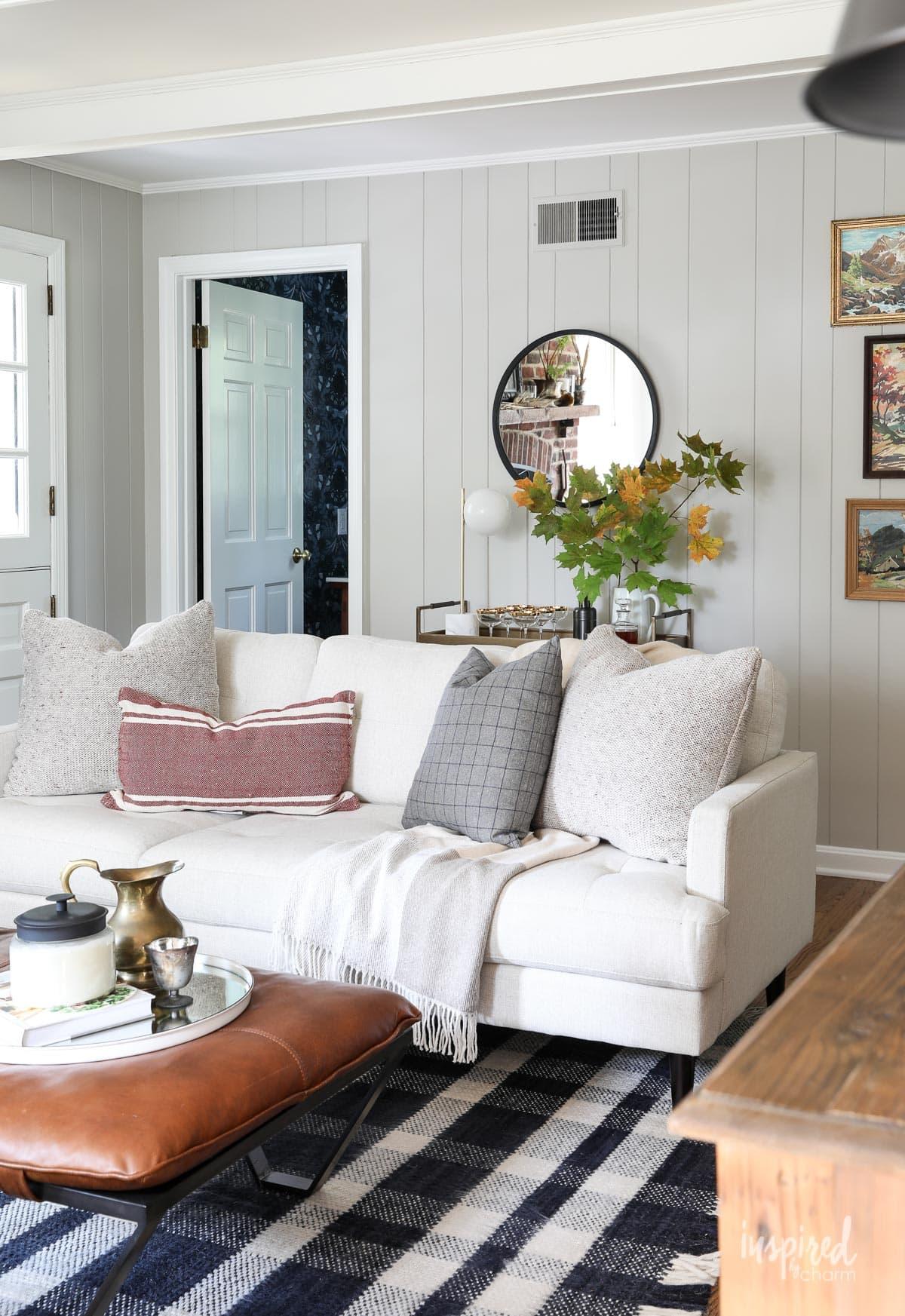 Vintage Modern Fall Living Room Decor Ideas