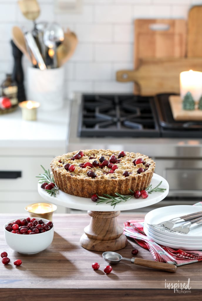 This Apple Cranberry Tart make a delicious and beautiful holiday dessert. #cranberry #apple #tart #dessert #recipe #thanksgiving #christmas #holiday