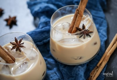 How to Make Chai Spiced White Russians #chai #tea #whiterussian #cocktail #holiday #christmas #cocktail #recipe