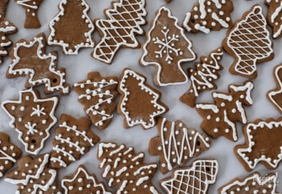 Delicious and festive Gingerbread Cookies! #christmas #cookies #gingerbread