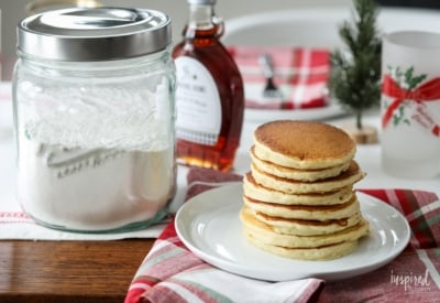 Learn how to make this easy and delicious Homemade Pancake Mix. #homemade #pancake #mix #breakfast #recipe #pancakes
