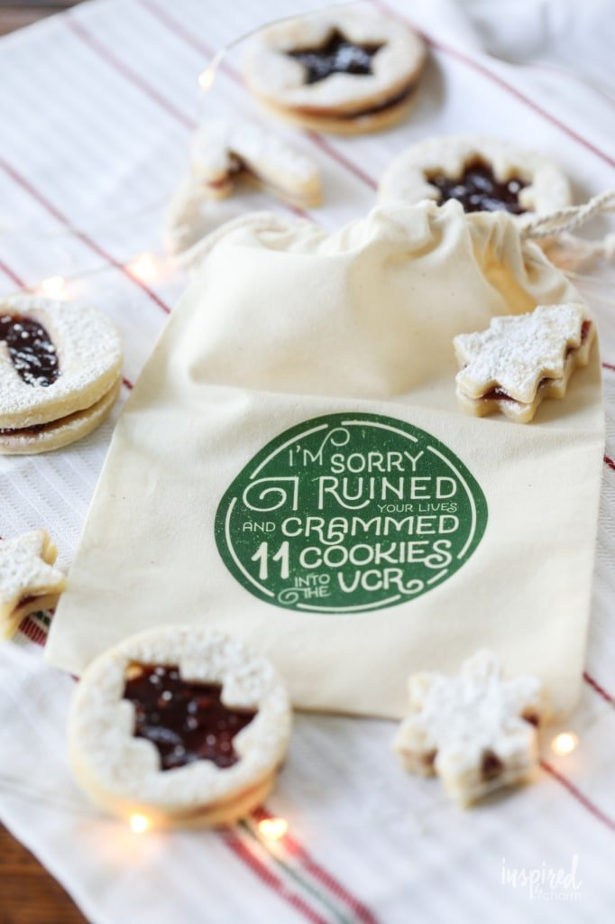 Delicious Recipe for Christmas Linzer Cookies #linzer #cookies #raspberry #recipe #christmas #holiday #cookie #holidaybaking